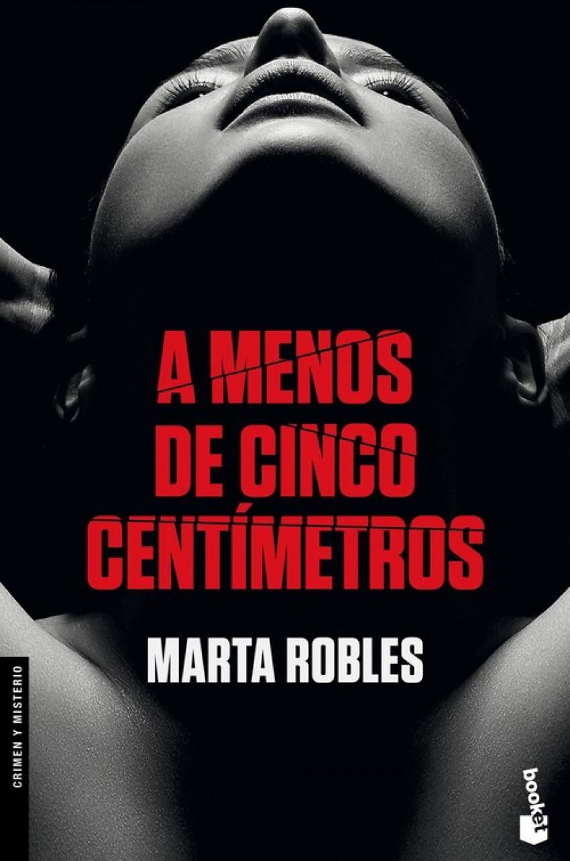 A MENOS DE CINCO CENT-METROS 9788467053234