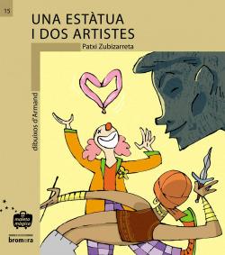 Una estatua i dos artistes