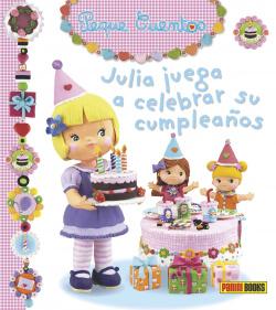 Julia juega a celebrar su cumpleaños