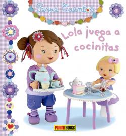 Lola juega a cocinitas